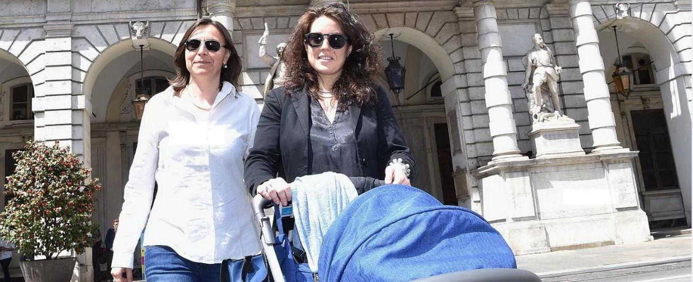 Governo, c'è un complotto di lesbiche del Pd e del 5 Stelle!!!