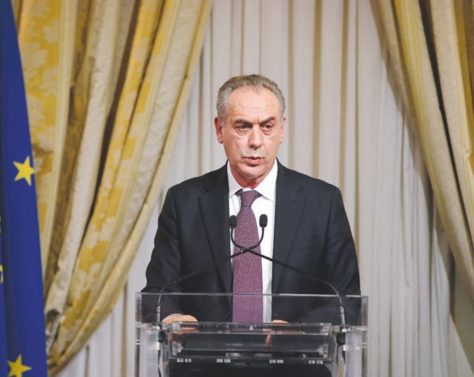 """Processi"" ai giudici, guerra al Csm sui ritardi di Legnini"