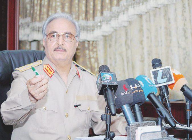 Dato per moribondo, Haftar torna a Bengasi