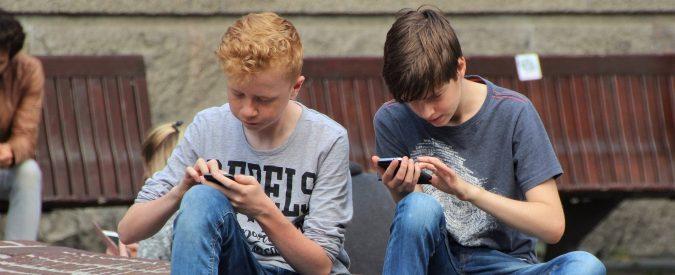 Whatsapp chiude ai minori di 16 anni. A nessuno interessa un dato che non si vende