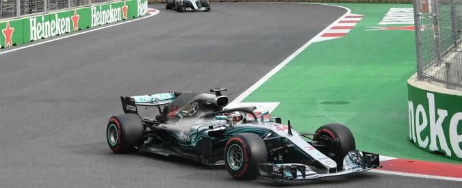 Formula 1, gp di Baku: vince Lewis Hamilton, Raikkonen 2°. Perez sul podio. Vettel è solo quarto