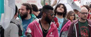 """Primo maggio, a Torino la prima volta dei rider Foodora. E davanti a Eataly scatta la protesta: """"Sfruttamento"""""""
