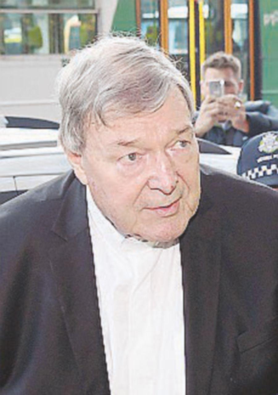 Pell rinviato a giudizio per pedofilia spera di tornare in Vaticano