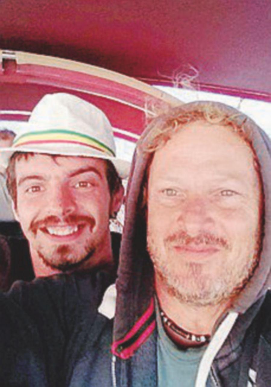 Dispersi due skipper nell'Atlantico, trovati resti della barca