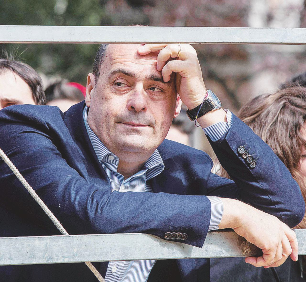 """Pd, la mossa di Zingaretti: """"Salario minimo per i rider"""""""