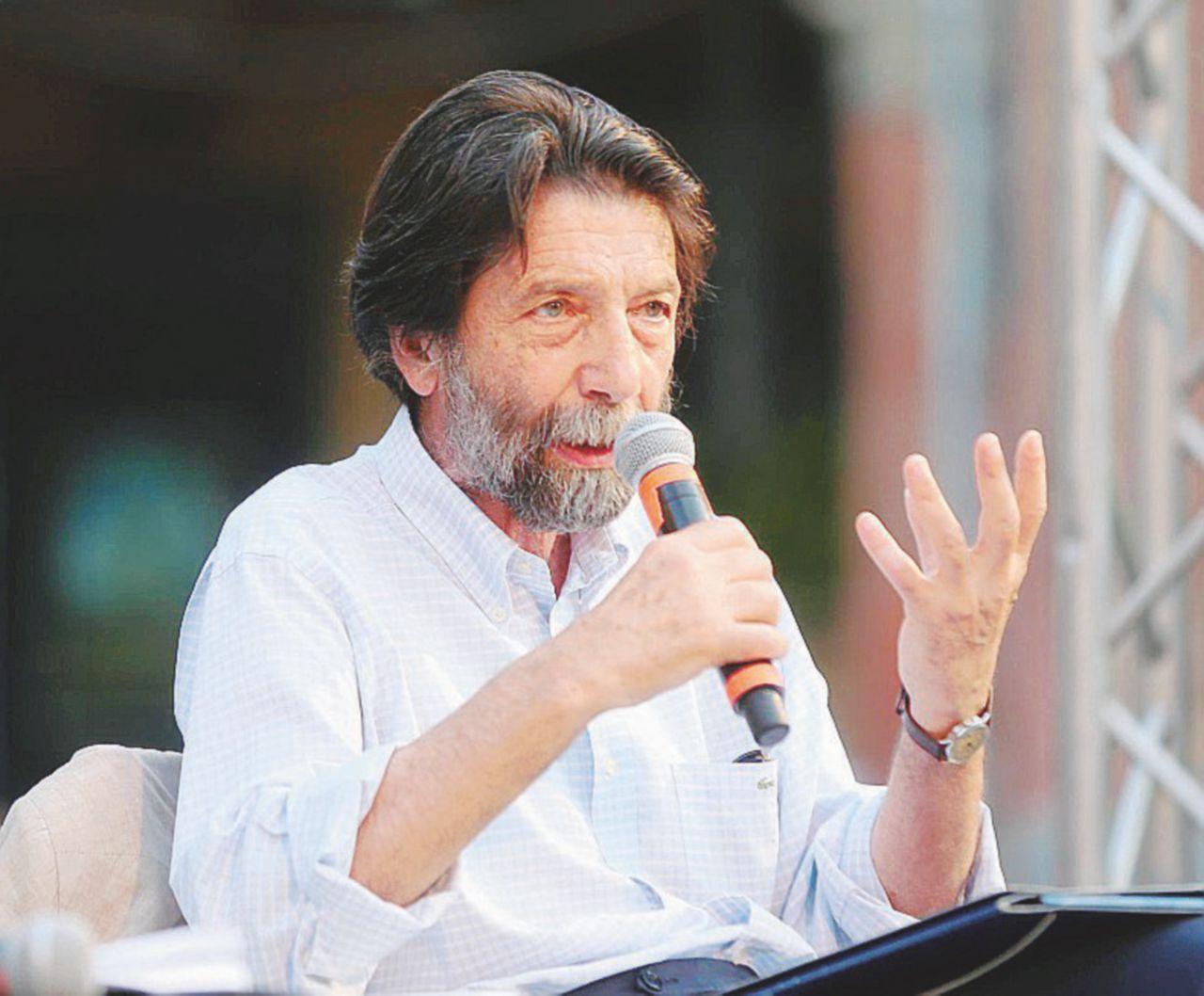 """""""Lo stallo è totale: Di Maio e Salvini sono vincitori fasulli. E il Pd ormai è una farsa"""""""
