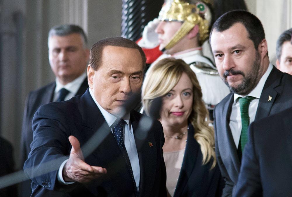 In Edicola sul Fatto Quotidiano del 7 maggio: L'ultimo bluff di Salvini. Di Maio leva l'alibi a tutti