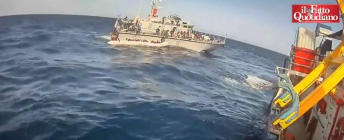 """Migranti, 17 sopravvissuti a naufragio fanno ricorso alla Cedu contro l'Italia: """"Comportamenti disumani e degradanti"""""""