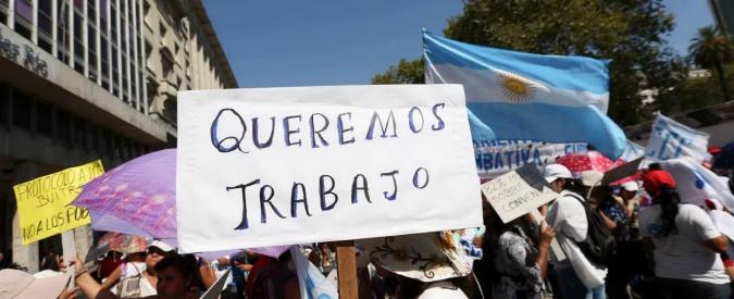 Argentina, così Buenos Aires si è avvitata sul dollaro. E ora mette alla prova i pentimenti del Fondo monetario