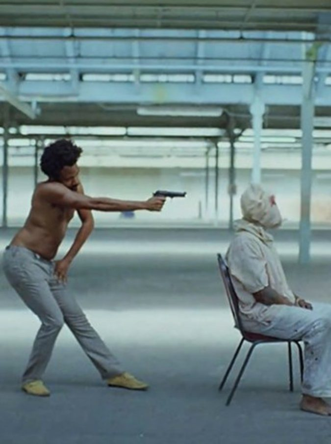 "Avete visto il video di cui parlano tutti? È ""This is America"" di Childish Gambino"