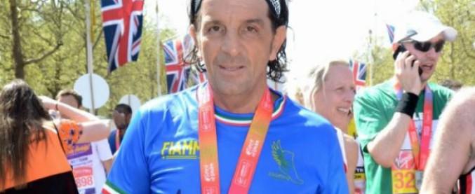 Maratona di Londra, barese 59enne salta 16 chilometri: la truffa scoperta dal Times