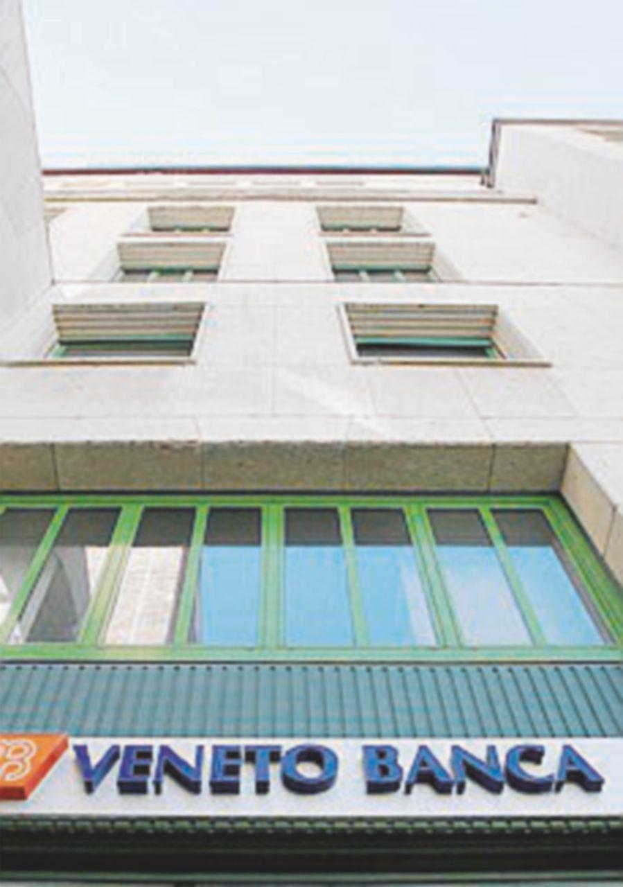 Veneto banca, indagati Viola e i due commissari