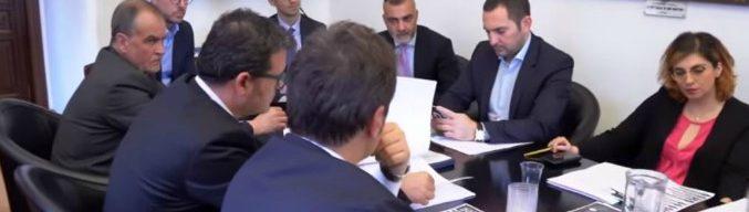 """Governo, primo tavolo tecnico Lega-M5s: """"Al lavoro su reddito cittadinanza e flat tax"""". Verso premier terzo"""