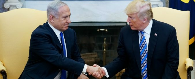 Nucleare Iran, Trump e Israele preparano un assedio