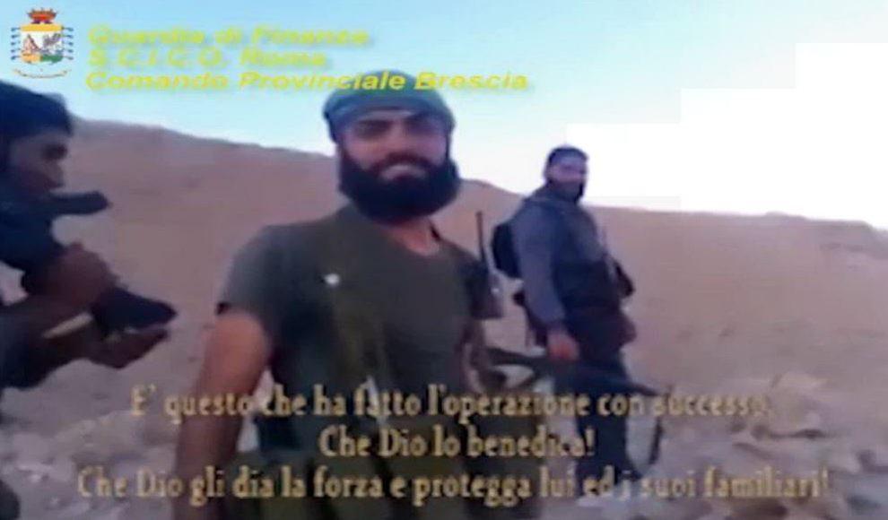 Capo Ufficio Disegno : Terrorismo finanziavano jihadisti in siria con hawala e