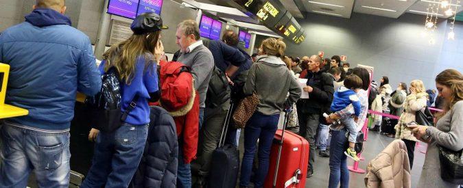 Sciopero controllori di volo, centomila passeggeri a terra ma il Milan è riuscito a partire