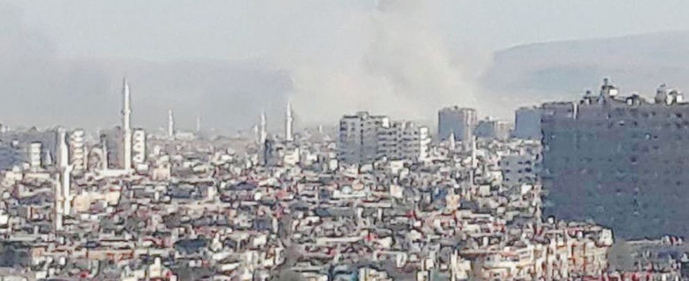 Damasco, jeans e niqab tra bombe e realtà