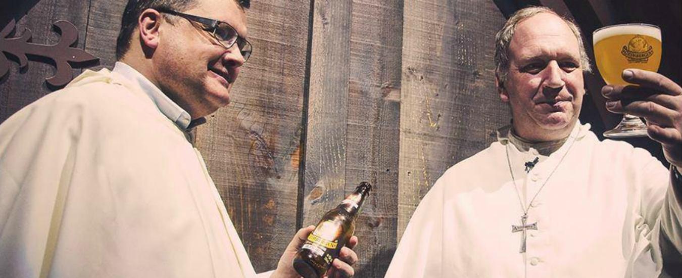 I frati di Grimbergen vogliono tornare a fare birra. Ma cosa si nasconde davvero sotto la schiuma?