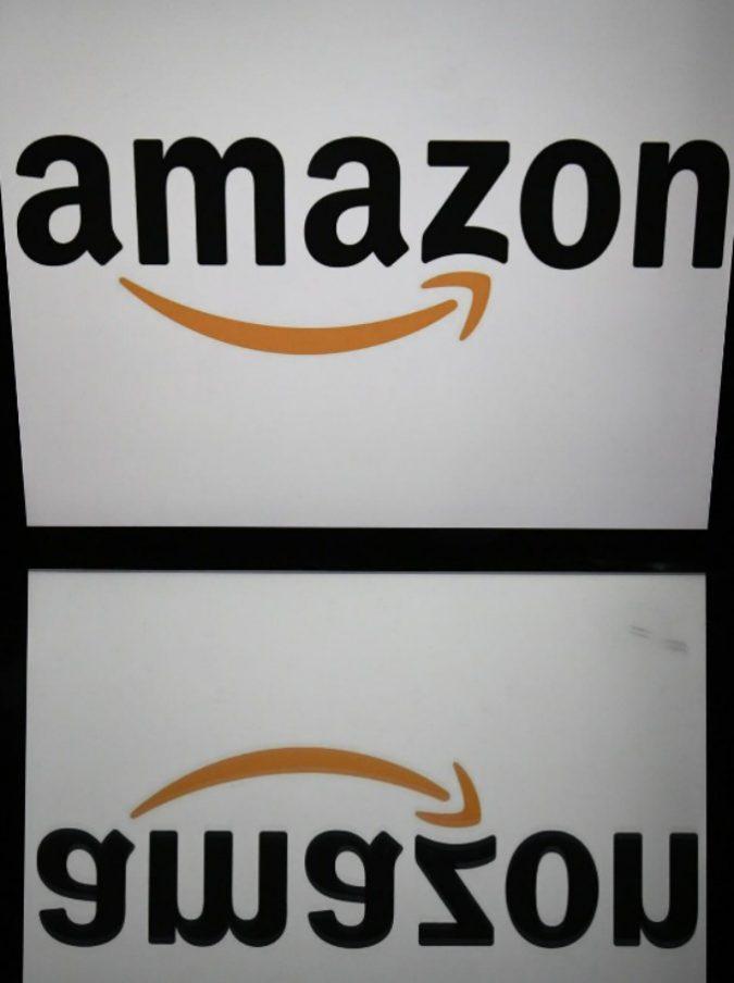 Amazon lancia le 'case intelligenti' (ma c'è il timore che gli assistenti digitali possano spiare le conversazioni)