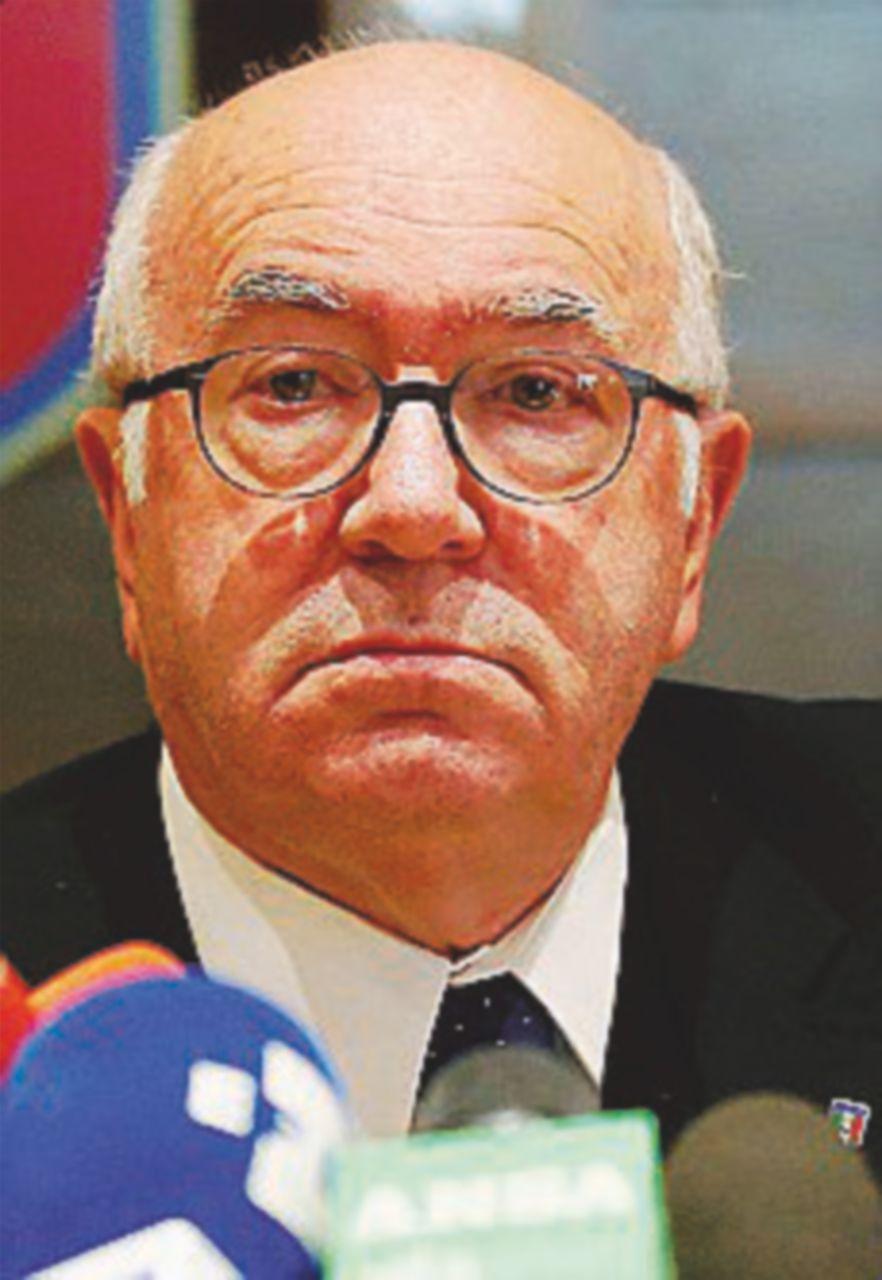 """Tavecchio e Lotito via dalla """"cassaforte"""" della Federazione"""