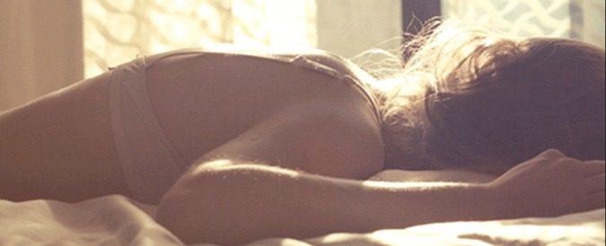 Sexsomnia, cos'è l'attività sessuale notturna che può trasformarsi in violenza