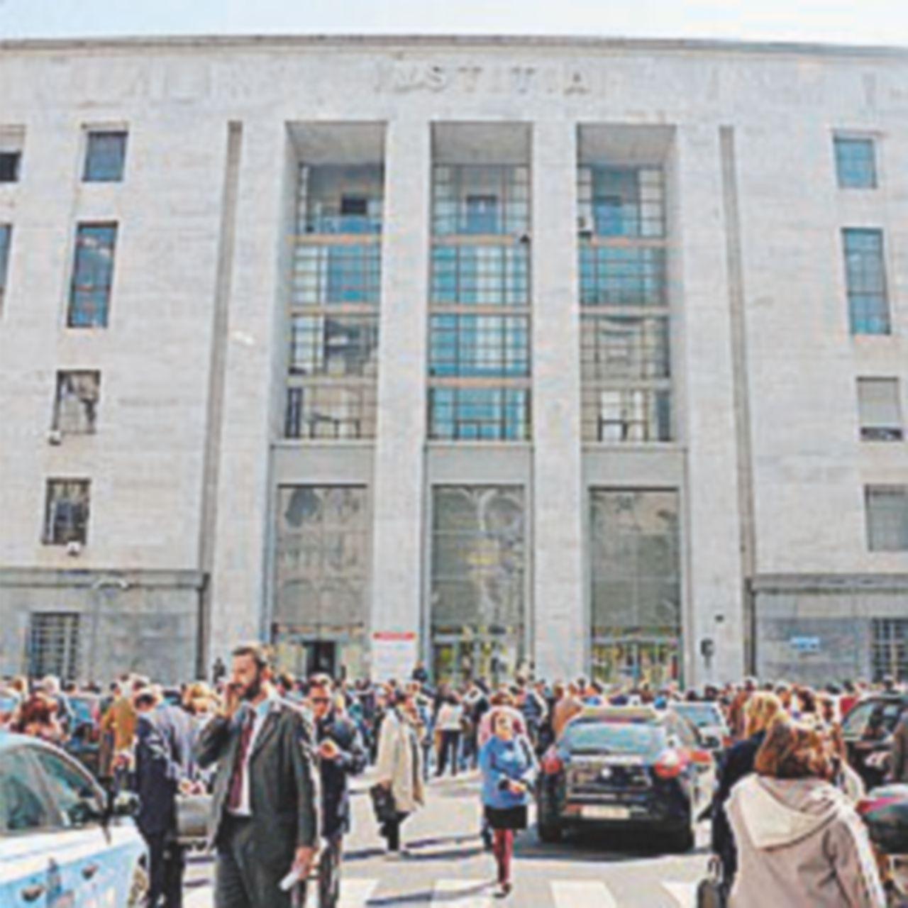 Il Tribunale di Sorveglianza riabilita  Berlusconi