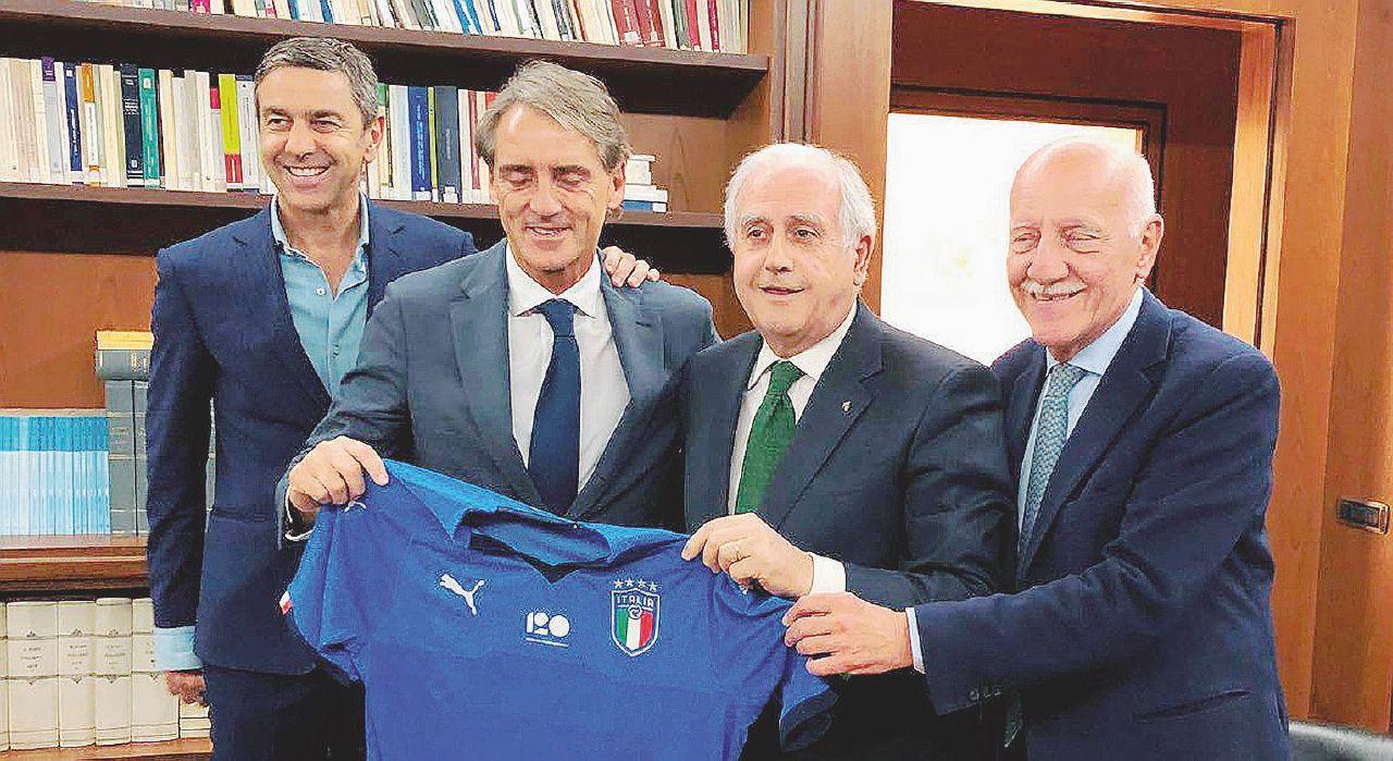 """Patto """"low cost"""" e anti-flop: Mancini nuovo ct azzurro"""