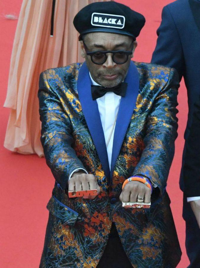 """Cannes 2018, il comizio di Spike Lee: """"Stati Uniti fabbricati sul sague di genocidi e schiavitù. Ma anche voi europei ne avete di merda…"""""""