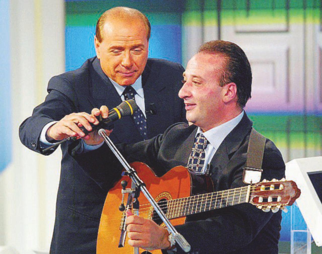 """Silvio resta """"riabilitato"""", ma torna a processo"""