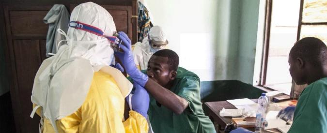 """Congo, l'epidemia di Ebola arriva nelle città: 2 vittime e 45 casi confermati. Oms: """"Non c'è emergenza internazionale"""""""