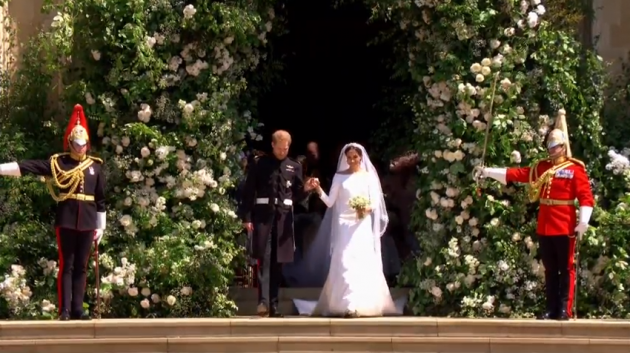 Pranzo Nuziale In Inglese : Royal wedding il matrimonio di harry e meghan markle. lui piange