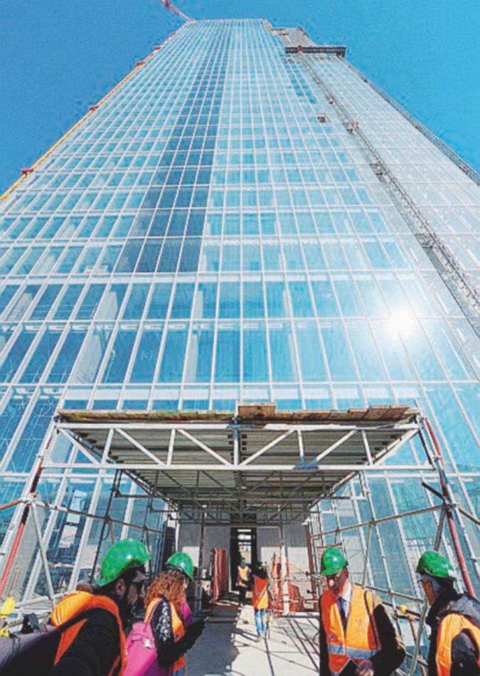Torino, il grattacielo costruito e mai nato