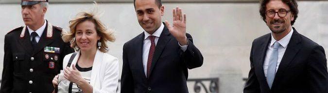 """Governo, Colle vede le delegazioni M5s-Lega. Di Maio: """"Conte premier"""". Salvini: """"Ue non si preoccupi, obiettivo crescita"""""""