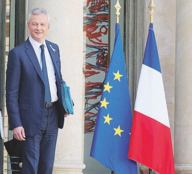 """Parigi: """"Italia attenta, a rischio l'eurozona"""""""