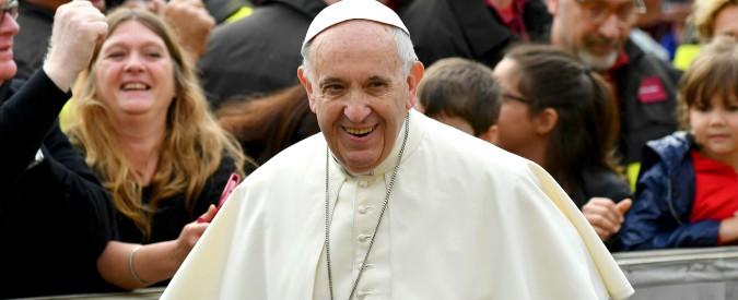 Pedofilia in Cile, Papa Francesco accetta le dimissioni di tre vescovi: tra loro anche Barros, nominato proprio da Bergoglio