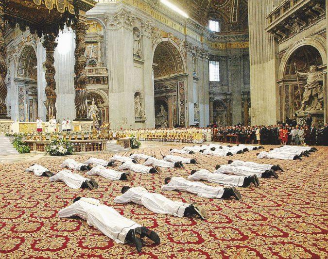 Il Vaticano non accetta i gay (ma solo se seminaristi)