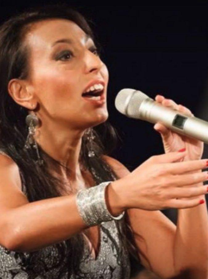Eleonora Bordonaro e il fascino della musica popolare: ecco il suo 'Cuttuni e lamè. Trame streuse di una canta storie'