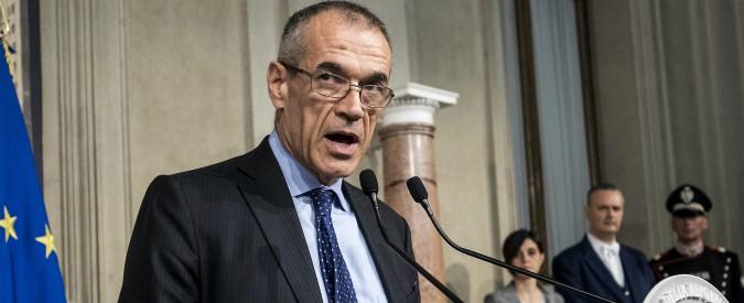 """Carlo Cottarelli, """"uscita dall'euro risolve problemi solo in teoria. In pratica molte famiglie e imprese in bancarotta"""""""