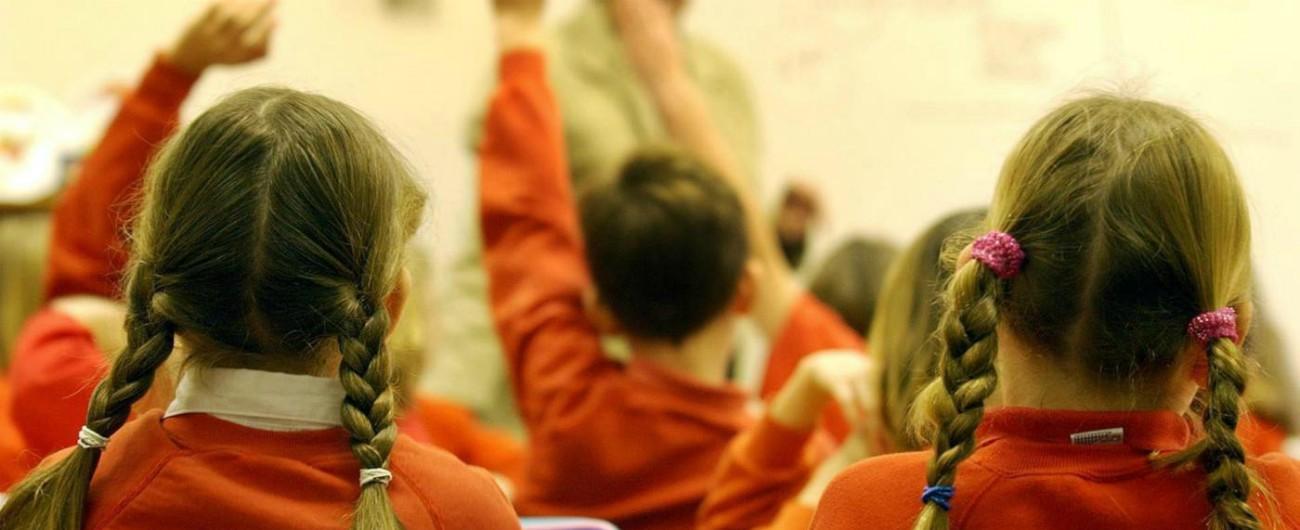 """Privacy, niente foto di classe all'interno della scuola: si farà fuori dall'istituto. """"Per salvaguardare i ragazzi"""""""