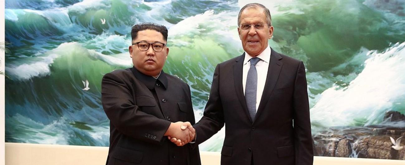 Nord Corea, Kim Jong-un incontra Lavrov E il ministro Esteri russo lo invita a Mosca