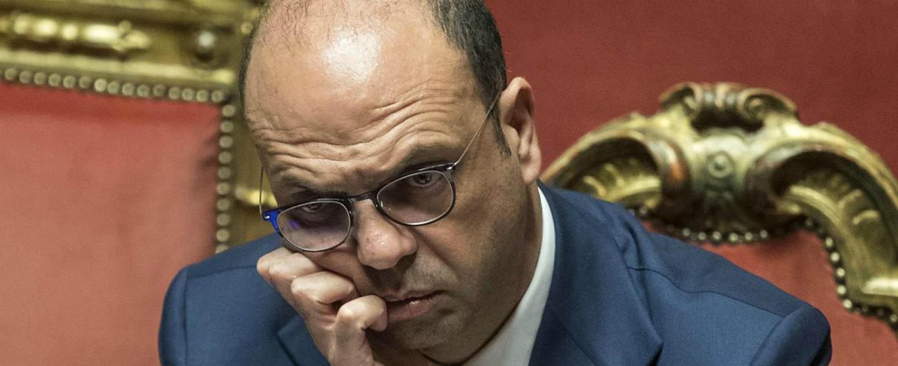 """Alfano lascia il ministero e su Twitter scrive: """"Spero in un rapporto affettuoso con Berlusconi"""""""