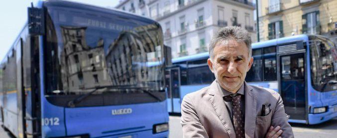 """Napoli, obbligo di tre multe al giorno per i controllori dell'Eav. Il presidente: """"Lo farò anche io"""""""