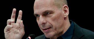 Governo, Varoufakis: 'L'euro è una casa in fiamme. Fate le riforme che servono, se Merkel dice no sarà lei a distruggerlo'
