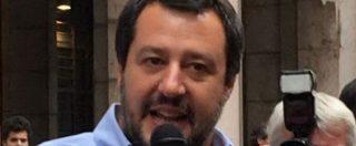 """Migranti, Salvini: """"Per clandestini finita pacchia. Ong, no vice scafisti nei porti"""""""