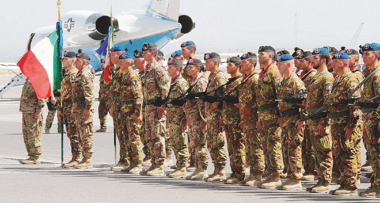 """Afghanistan, il paradosso dei nostri 900 """"ostaggi"""""""