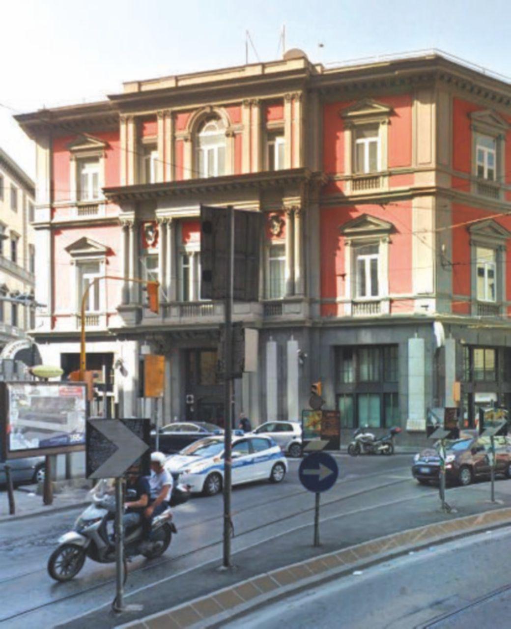 Napoli, la sede de Il Mattino diventerà un outlet