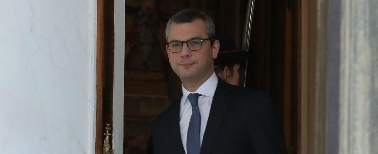 ceefead33a Francia, braccio destro di Macron sotto inchiesta per corruzione passiva  nella trattativa con Stx