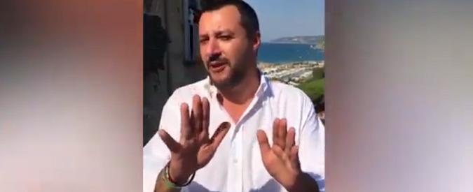 Mimmo Lucano 'è uno zero'. Salvini insulta il sindaco dell'integrazione possibile