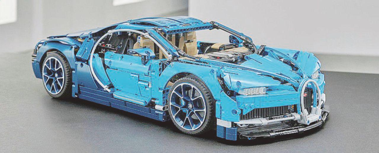 La Bugatti Chiron diventa un Lego da 3.599 pezzi