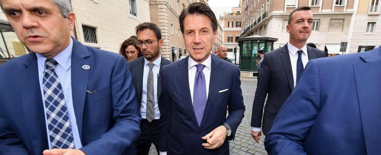 """G7, Conte vola in Canada con un aereo di Stato. M5s: """"Non è l'Airbus di Renzi"""""""
